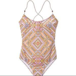 🆕😍 Victoria's Secret one-piece Swimsuit